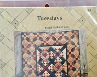 Vintage 1992 Tuesday Quilt Wallhanging Table Runner and Mini Quilt Pattern, Uncut