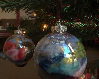 Holiday Fiber BOMB Ornaments: Fiber Filled Balls of Joy for Spinners and Crafters!