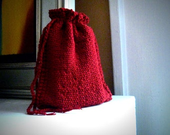 Tarot pouch / red tarot bag / drawstring knit tarot bag / rune bag / tarot card holder / knitted tarot bag / oracle card bag / blood red