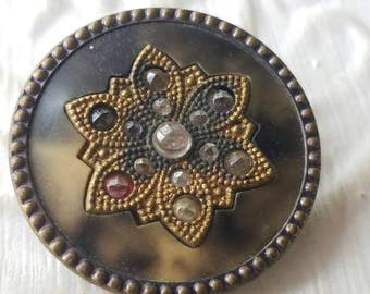 Vintage Buttons - 1 Collector molded brass large Victorian filigree with inset rhinetone flower design, (mar 332 17)