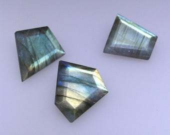 3 Abstract faceted Labradorite gems, excellent green gold and multi color flash, 39.38 carats t.w.            043-09-006