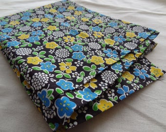 Vintage Fabric. Black. Yellow. Blue. Floral. Green. Outstanding Condition
