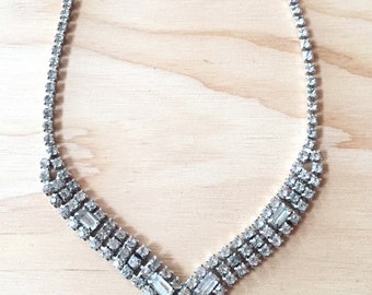 Rhinestone Criss Cross Necklace - Vintage 1940s - Clear Crystal