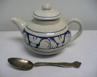 Dedham Pottery One-Cup Little Teapot