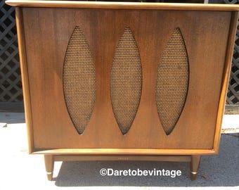 SOLD Vintage Philco Radio Record Stereo Player - Philco J-1824 Stereo Record Player - Mid Century Modern Walnut Table - Danish Modern