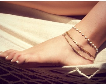 Anniversary SALE BETSY ANKLET- triple chain anklet / foot chain / bohemian jewelry / body jewelry / anklets / vintage / boho chic