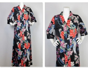 Vintage 60s 70s  Bird of Paradise Robe, House Dress / Resort Cover-Up Sz M / L