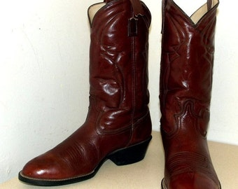 ON SALE Vintage Acme Dingo brand cowboy boot size 8.5 D or cowgirl size 10