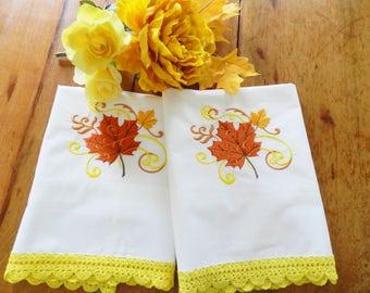 Pillowcases Crochet Trim, White Cotton Pillowcases, Crocheted Yellow Pillowcases, NOS Crochet Trim Pillowcases, Never Used Pillowcases