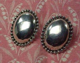 Vintage 925 Sterling Oval Dome Disk Beaded Edge Post Pierced Earrings