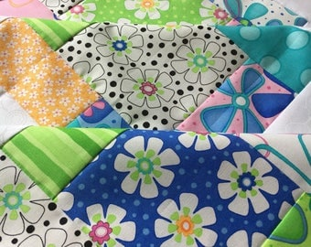 Moda Dilly Dally Quilt Top / Unfinished baby sized top - 38 in x 38 in / floral, daisy, stripes / ready to quilt / baby shower gift for her