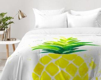 Pineapple Sunshine Comforter