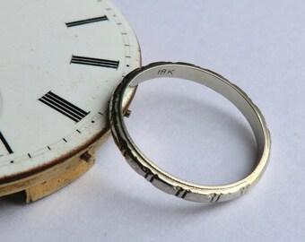 18K White Gold Wedding Band Segmented Design Stacking Ring Size 8 1/4