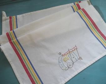 Retro Trailer Kitchen Towel ~ Vintage Travel Trailer Embroidered Dish Towel ~ Kitchen Towel ~ Tea Towel ~ Canned Ham Vintage Trailer Towel