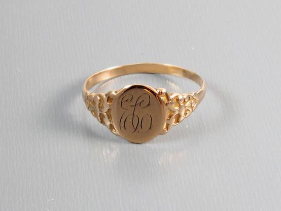 Antique Victorian 10k rose gold signet ring / size 8