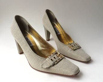 90s vintage Timothy Hitsman Natural Tweed Fabric Pumps with Decorative Diamond Rhinestone Buckles