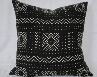 "20"" BLACK and White African MUD CLOTH Pillow Cover, mud cloth, tribal, boho"
