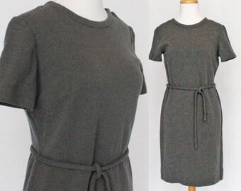 60's / 70's Shift Sheath Dress / Gray Wool Knit / Tie Belt / Short Sleeves / Small