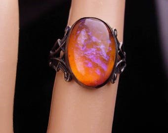 Antique Jelly opal ring / Art nouveau jewelry / 1920's Dragon Breath / vintage Sterling pinkie Ring Size 3 1/2