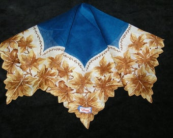 "Vintage UNUSED 13"" Scalloped Fall Autumn Leaves Leaf Floral Wedding Favor, Craft Handkerchief - 9795"