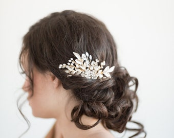 Gold Wedding Hair Comb, Bridal Hair Comb, White Opal Crystal Hair Comb, Gold Leaf Bridal Hair Accessory