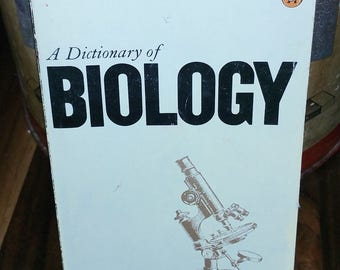 A Dictionary Of Biology Vintage Paperback Book