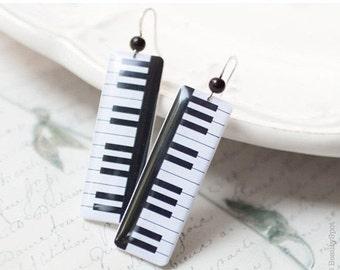 Piano earrings - Piano keys earrings - Music jewelry - Black white earrings  (E055)