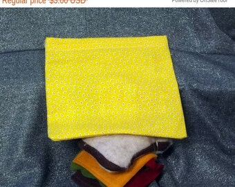 Sale 15% off Sandwich Bag, Small Bugs on Yellow Design, Reusable