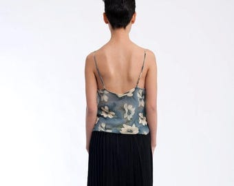 35% OFF SPRING SALE The Vintage Floral Spaghetti Strap 90s Tank