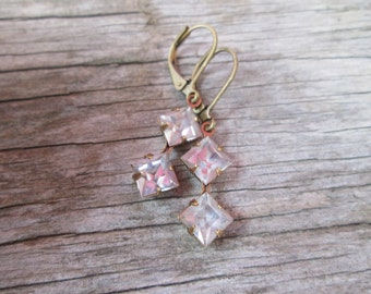 Vintage Crystal Pink Mauve Lavender Drop Earrings Brass