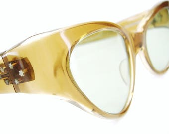 Vintage 60s Winged Cat Eye Sunglasses Eyewear