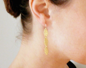 Articulated dangles Solid brass ovals Dangles Long gold dangles Hammered gold earrings Gold drop earrings Gold earrings 14k Gold fill wire