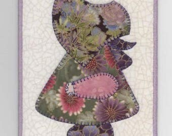 Geisha Girl  Sue, A Sunbonnet Sue Quilted Fabric Postcard