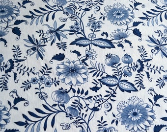 Vintage Tablecloth - Blue Onion - 52 x 88 Meissen Rambler House Fabric