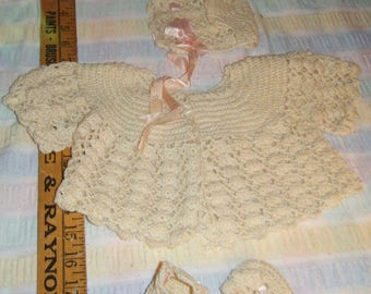 Vintage Unworn  4 Piece Crochet Layette Set Tiny Newborn or Premie Cream pink accent pearl buttons baby clothes nursery decor doll clothes