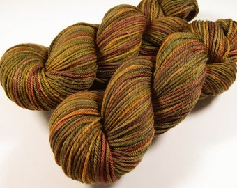Hand Dyed Yarn - Worsted Weight Superwash Merino Wool Yarn - Antique Brass - Hand Knitting Yarn, Worsted Yarn, Gold Multicolor, DIY Gift