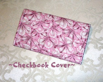Checkbook Cover / Fabric / Holds the Checkbook / Register and Pen #CheckBookCover / Lil Sumthin' Gift