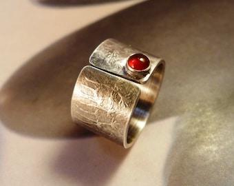 Dandelion ring, carnelian silver, adjustable, red gemstone, textured base, birthday present, gift, holiday, Christmas, flower, botanical