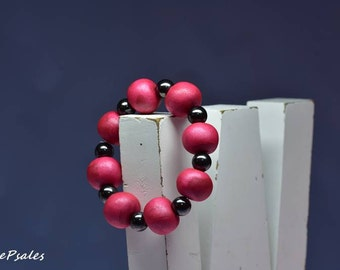 Beaded Bracelet, Magnetic Bracelet, Polymer Clay Bracelet, Deep Red, Burgandy, Made to fit you, choose a different color if you want