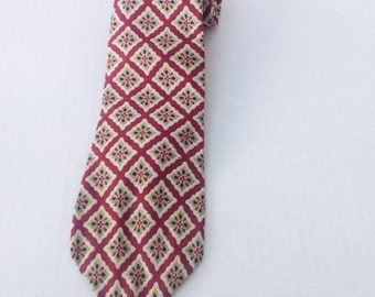 Vintage tie. Vintage Liberty of London by Berkley tie. Red patterned tie. Menswear.