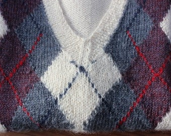 Hand knit Sweater Vest Argyle Wool Pull Over size Medium  Alpaca VINTAGE by Plantdreaming