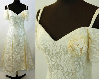 1980s lace dress ivory wedding dress off shoulder sweetheart neckline satin party dress Size M