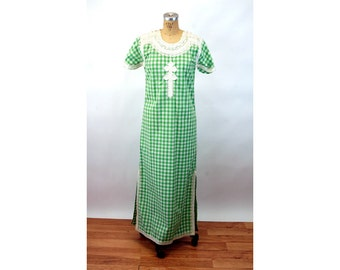 1970s caftan boho hippie dress gingham green white embroidered maxi dress Size M