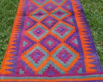 Richly Coloured  Flatweave Carpet Kilim Runner Hand woven tough wool. 7 ft 1 x 3 ft 5   216 x 104 cm Tapis