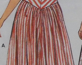 Retro Dress Sewing Pattern UNCUT Vogue 9580 Sizes 10-12