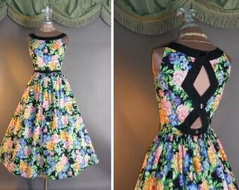 1980s dress vintage 80s BLACK CONTRAST FLORAL cut out back rose print cotton full skirt day garden party dress