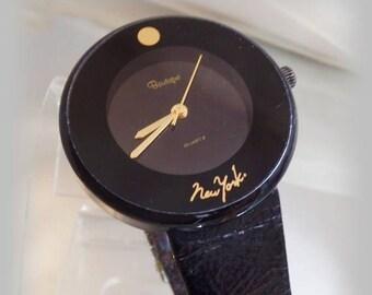 SALE Vintage Black New York Watch. Men's. Boutique. Gold Tone Black Face Wrist Watch.