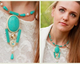 Turquoise  Cabochon Pendant Beaded Necklace and Earrings set