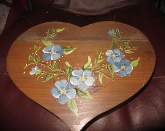 vtg 90s Heart Shaped  HANDMADE Wood Jewelry Box  Hand Painted American Folk Art Signed  purple violerts   Flowers   w  hinge  Lid
