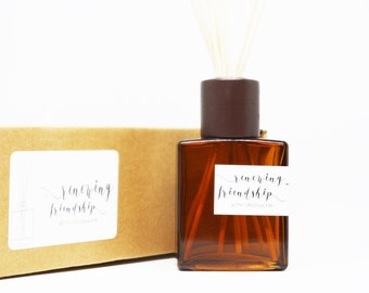 Room Diffuser Oil - Renewing Friendship with Virginia Fir Amber Square Vase, Natural Dyed Reeds Set